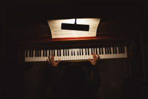 Beste digitale Klaviere für Anfänger 2020 – Top 10 Testberichte und Kaufberatung