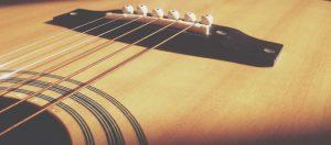 Top 6 der besten E-Gitarrensaiten auf dem Markt 2020 Bewertungen